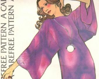 Halston caftan, top & pants pattern -- McCall's 3590