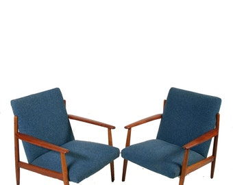 Matching Danish Modern Chairs in Teak by Komfort