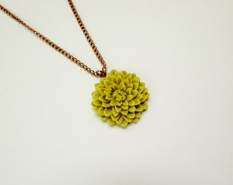 Light Green Flower Necklace
