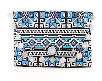 Coins Clutch Embroidered Fabric Handmade Thailand (BG306WC-C24P151)