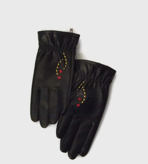 Vegan Fitness Gloves: Vintage Vinyl Vegan Gloves Black With Gold By AuntieValsCloset