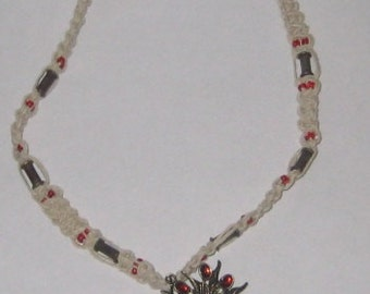 Poinsettia in Snow Hemp Necklace