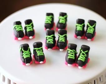 Roller skate and rollerskate fondant cupcake topper. These rollerskate roller skate cupcake toppers match our cake topper.