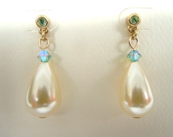 Teardrop Pearl Drop Dangle Pierced Earrings With Swarovski Crystals