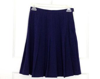 """VTG Pleated Skirt 25"""""""