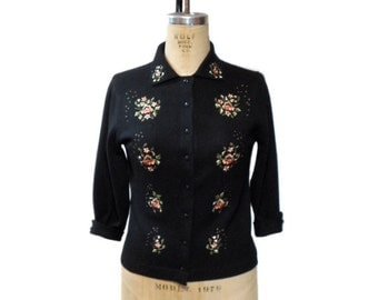 vintage 1950s LUISA SPAGNOLI embroidered cardigan / cashmere angora angolmere / fitted sweater / women's vintage sweater / size medium
