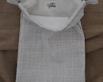 Medium Drawstring Bag - Gray Check with White Lining