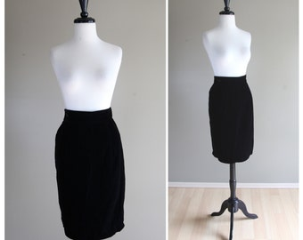 Fitted Black Velvet Vintage Pencil Skirt