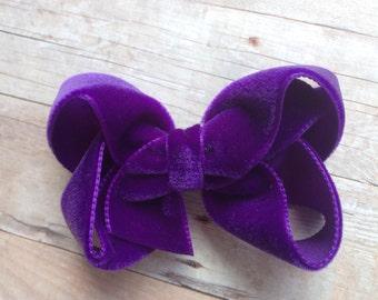 Deep purple velvet hair bow - 3 inch purple velvet bow, boutique bows, girls hair bows, velvet bows, baby bows, purple bows, toddler bows