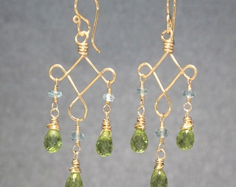 Apatite peridot on hammered curled wire Gypsy 36
