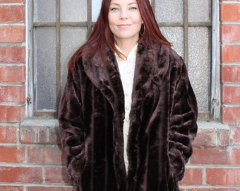 BEAUTIFUL Vintage 80's Fall Winter Urban Retro Diva Glam Formal Black Tie Brown Faux Fur Jacket