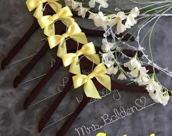 20% OFF SALE Set  of Eight ( 8) Custom Personalized Wedding Hangers /brides hanger/4 hanger colors/ 40 ribbon colors /  wire hanger/
