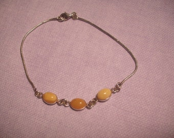 Jade Beaded Yellow and Silver Bracelet