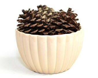 Haeger 8718 Ribbed Ceramic Planter Bowl - Elegant Neutral Beige / Cream Color - Garden Planting Decorative - Vintage Home Decor