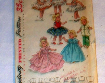 1950s Simplicity Doll Wardrobe Pattern - Cut Complete - 1809 - Size 8""