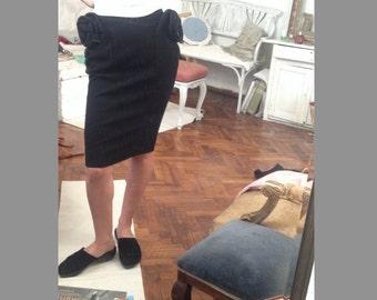 Vtg Valentino Black Pencil Skirt Avant garde / 3D flower rose pockets 38 / 6