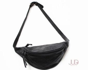 Black leather fanny pack - hip purse GIFT - waist bag holster bag leather hip bag - utility belt- black leather bag -trendy purse