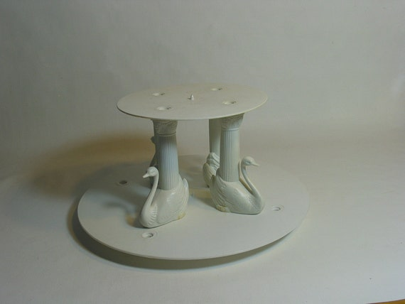 wedding cake separator plates and pillars vintage swans wilton wedding cake columns with separator 24273