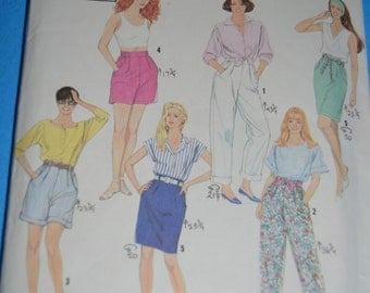 Simplicity 7295  Misses Pants or Shorts each in two lengths and skirt Sewing Pattern - UNCUT - Sizes Pt -XL