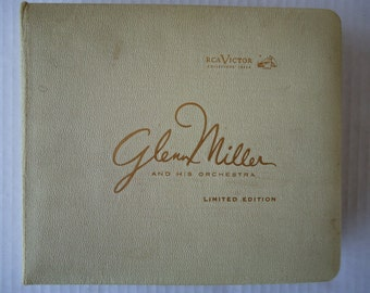 Glenn Miller RCA Victor Collector's Issue 45 RPM , Limited Edition EPNT 6700, Numbered mm 914, 14 Records Set