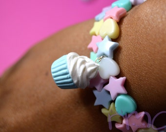 Pastel Beaded Bracelet with Polymer Clay Cupcake Charm,Fairy Kei Bracelet, Cupcake Charm, Charm Bracelet,Polymer Clay Bracelet,Harajuku