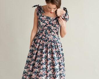 Autumn vintage inspired dress