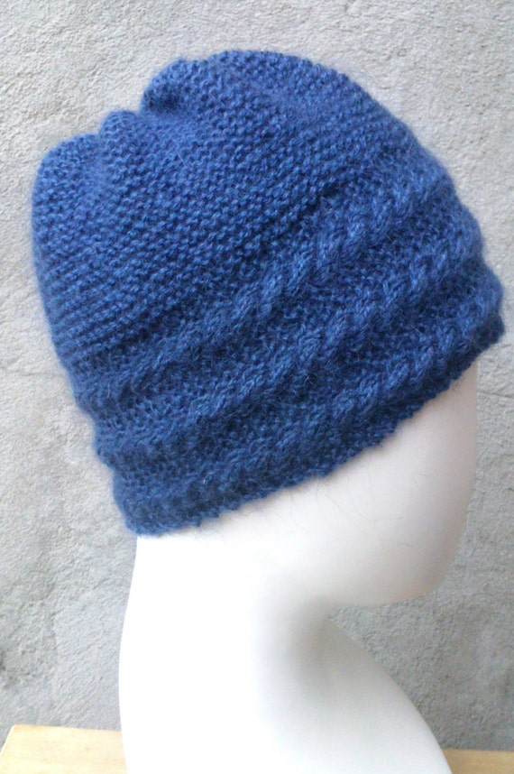 Flat Knitting Patterns : KNITTING PATTERN Hat with cabled border flat knit hat knit