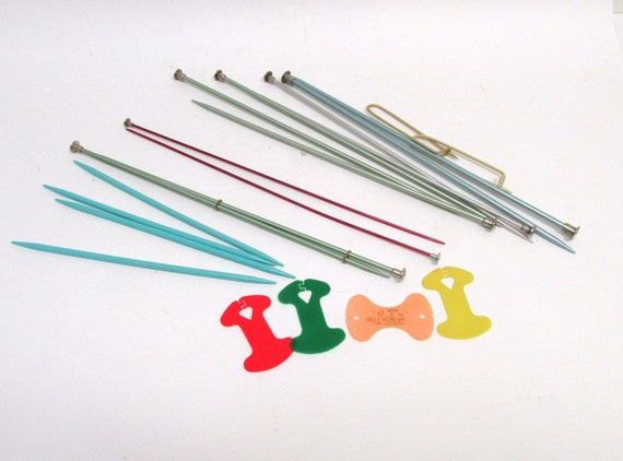 Items similar to vintage metal and plastic knitting