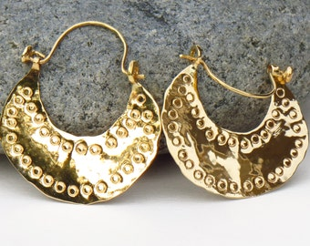 Rustic gold earrings, hammered gold earrings, 18k gold hoops, handmade gold earrings, 14k gold earrings, crescent earrings, recycled gold
