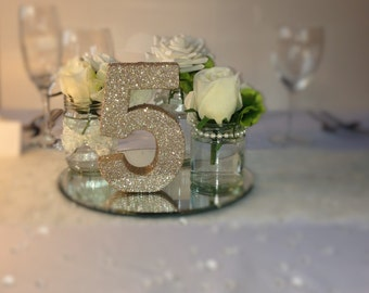 Set of 20 glitter Wedding table numbers Wedding reception table decoration Freestanding wooden wedding table number Centrepieces