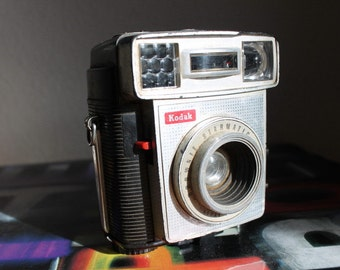 Kodak Brownie Starmatic Camera c1960 PRICE REDUCED