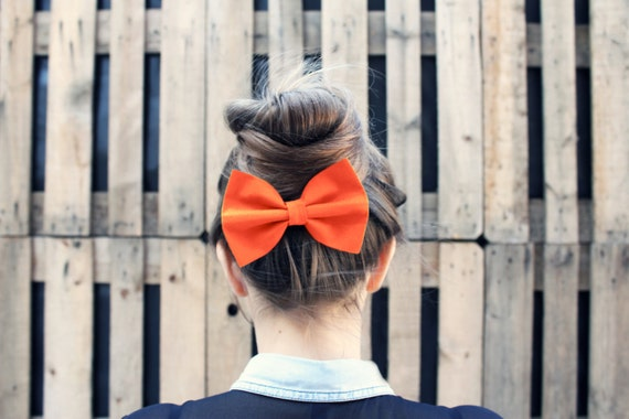 Orange Hair Bow Clip. Vintage Inspired Fabric Hair Bow Barrette. Orange Hair Bow Elastic or Bow Brooch Pin.