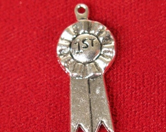 """8pc """"1st place ribbon"""" charms in antique silver (BC257)"""
