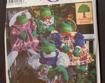 Simplicity 7542 - Frog Sewing Pattern