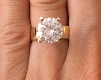 White Solitaire 14K Solid Gold