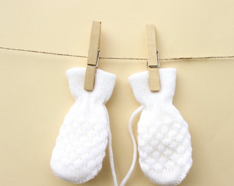 Gloves for babies