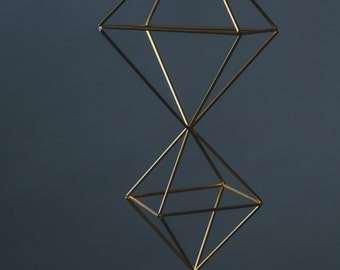 Descending Diamonds || Modern Minimalist Geometric Hanging Ornament, Mobile, and Air Plant Holder