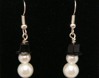 Glass Pearl Snowman Earrings with Crystal Top Hat