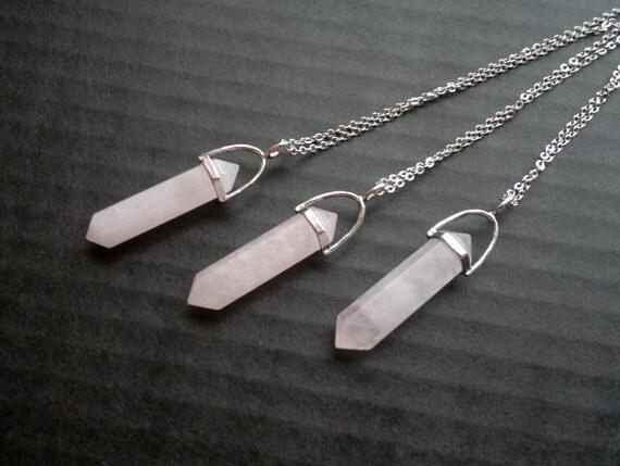 silberne rose quartz crystal point kette stein anh nger. Black Bedroom Furniture Sets. Home Design Ideas