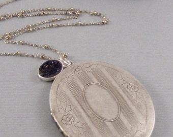 Druzy Silver Locket,Vintage Locket,Vintage Neckalce,Druzy Necklace,Druzy,Druzie,Silver Locket,Blue Druzy,Blue Stone,Antique Neckalce,Wedding