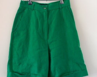 90's High-Waisted Green Shorts