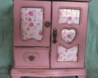 Pink Vintage Upcycled Jewelry Box With Cottage Rose Print / Hearts & Roses / Valentine