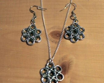 Chainmaille Flower Earrings and Necklace - MINT