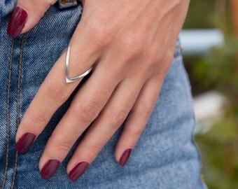 V shaped Ring, Chevron Ring, Stackable V Ring, Silver V- Ring, Ice-peak Chevron ring, V jewelry, Silver Chevron Ring