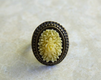 Flower Ring, Adjustable Ring, Choose your Color, Yellow, Coral, Mint Green
