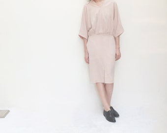 Wrap front dress with staight-cut skirt and kimono sleeves
