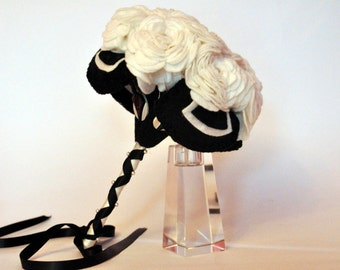 Ivory Rose Felt Bouquet / Art Deco Bouquet / Alternative wedding Bouquet / Everlasting Bouquet