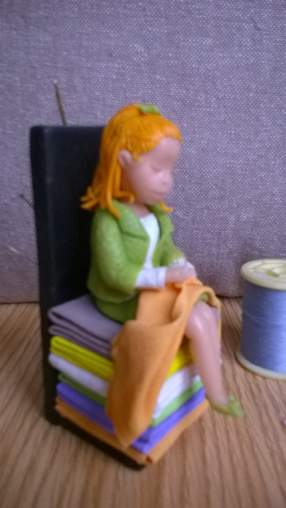 The little seamstress, charming and useful! Mother