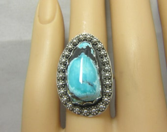 Boho Ring, Turquoise Ring, Sterling Silver, Ring Size 7 1/2, Turquoise Cabochon, Turquoise Jewelry, December Birthstone, Flower Ring  #V103
