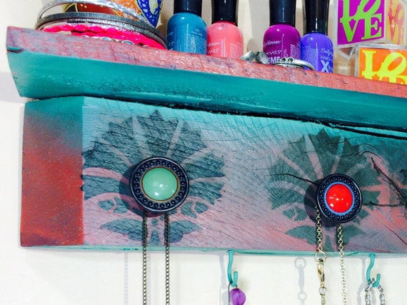 Floating shelves/ accent shelving reclaimed Pallet wood /rustic hanging shelf /wall jewelry storage Art Deco shells 5 knobs, 4 teal hooks